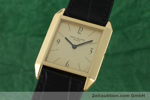 PATEK PHILIPPE 18 CT GOLD MANUAL WINDING KAL. 175  [142107]