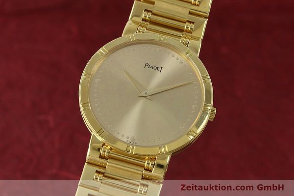 PIAGET OR 18 CT QUARTZ KAL. 8P2  [151303]