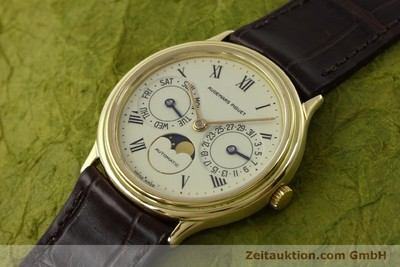AUDEMARS PIGUET DAY-DATE MOONPHASE 18 CT GOLD AUTOMATIC KAL. 2124 [151574]