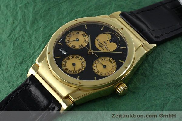 Used luxury watch IWC Ewiger Kalender 18 ct gold automatic Kal. 35582 Ref. 35401  | 151596 01