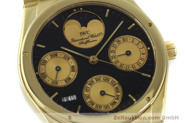 Used luxury watch IWC Ewiger Kalender 18 ct gold automatic Kal. 35582 Ref. 35401  | 151596 02