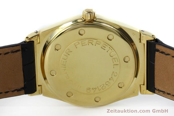 Used luxury watch IWC Ewiger Kalender 18 ct gold automatic Kal. 35582 Ref. 35401  | 151596 08