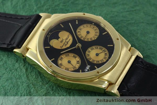 Used luxury watch IWC Ewiger Kalender 18 ct gold automatic Kal. 35582 Ref. 35401  | 151596 14