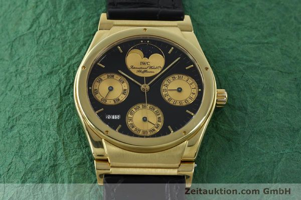 Used luxury watch IWC Ewiger Kalender 18 ct gold automatic Kal. 35582 Ref. 35401  | 151596 15