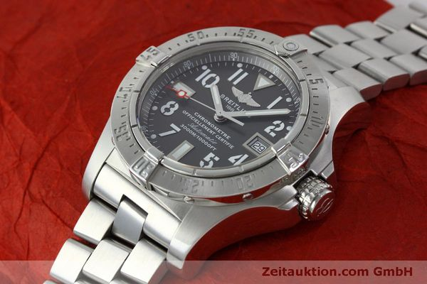Used luxury watch Breitling Avenger steel automatic Kal. B17 ETA 2824-2 Ref. A17330  | 151790 01
