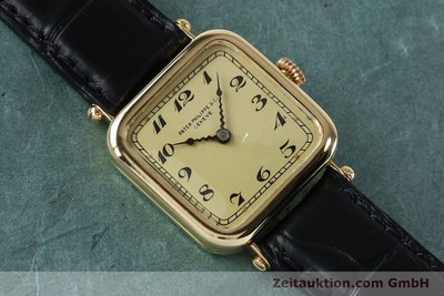 PATEK PHILIPPE 18 CT GOLD MANUAL WINDING VINTAGE [151988]