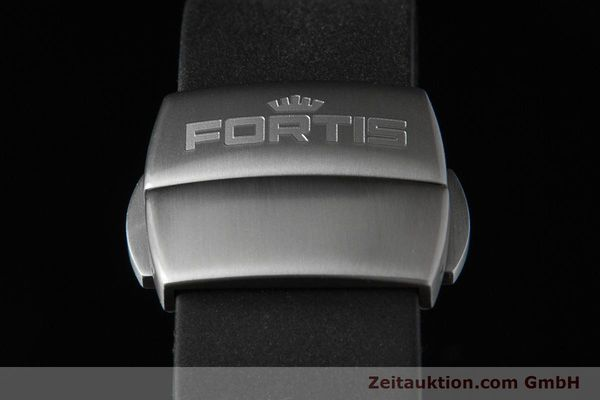 Used luxury watch Fortis B-42 titanium automatic Ref. 647.27.11K  | 153703 03