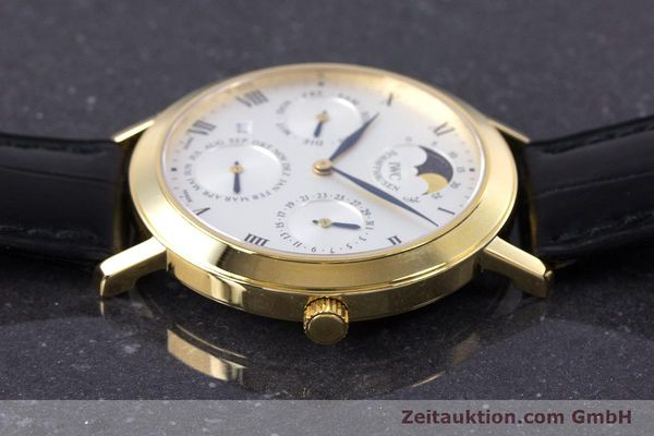Used luxury watch IWC * 18 ct gold manual winding Kal. 84961 Ref. 2050  | 160159 05