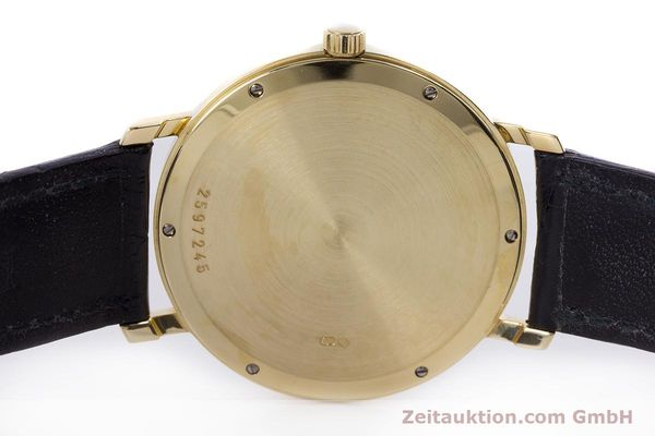 Used luxury watch IWC * 18 ct gold manual winding Kal. 84961 Ref. 2050  | 160159 08