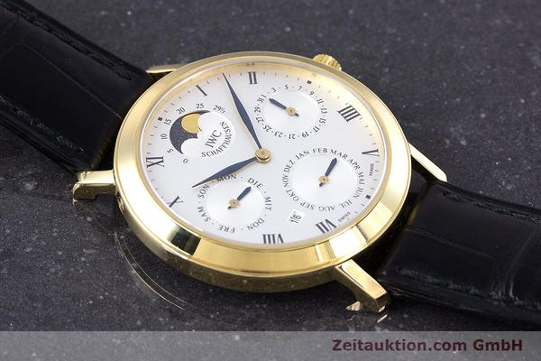 Used luxury watch IWC * 18 ct gold manual winding Kal. 84961 Ref. 2050  | 160159 16