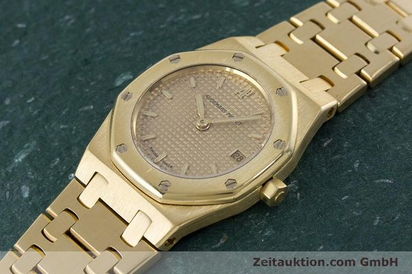 gebrauchte Luxusuhr Audemars Piguet Royal Oak 18k Gold Quarz Kal. 2610 Ref. D19854  | 160410 01