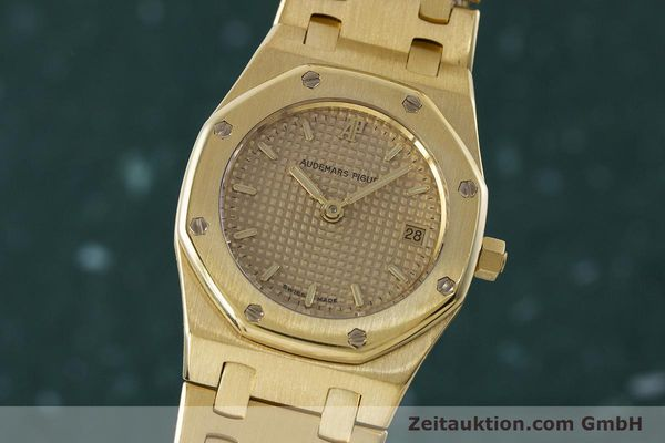 gebrauchte Luxusuhr Audemars Piguet Royal Oak 18k Gold Quarz Kal. 2610 Ref. D19854  | 160410 04