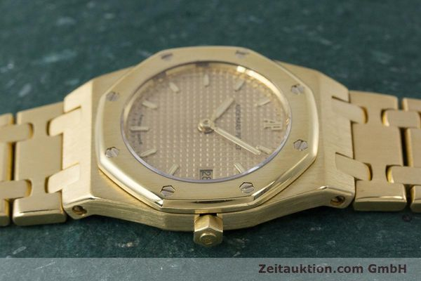 gebrauchte Luxusuhr Audemars Piguet Royal Oak 18k Gold Quarz Kal. 2610 Ref. D19854  | 160410 05