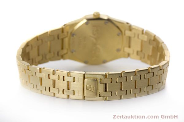gebrauchte Luxusuhr Audemars Piguet Royal Oak 18k Gold Quarz Kal. 2610 Ref. D19854  | 160410 11