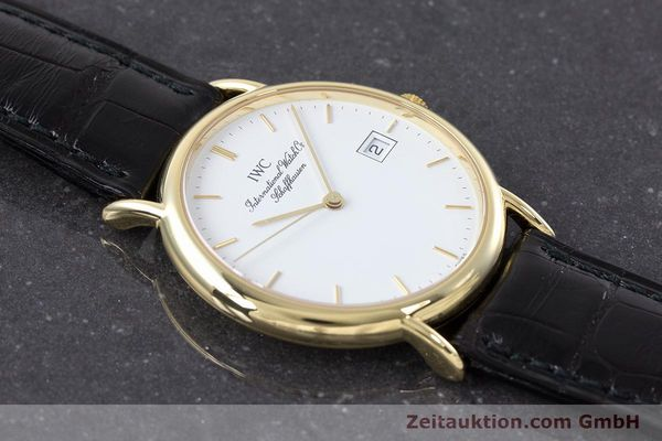Used luxury watch IWC Portofino 18 ct gold quartz Kal. 2210 ETA 255.411 Ref. 3331  | 160610 15