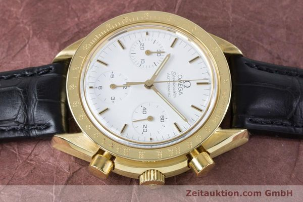 Used luxury watch Omega Speedmaster chronograph 18 ct gold automatic Kal. 1140 Ref. 1750032  | 160968 05
