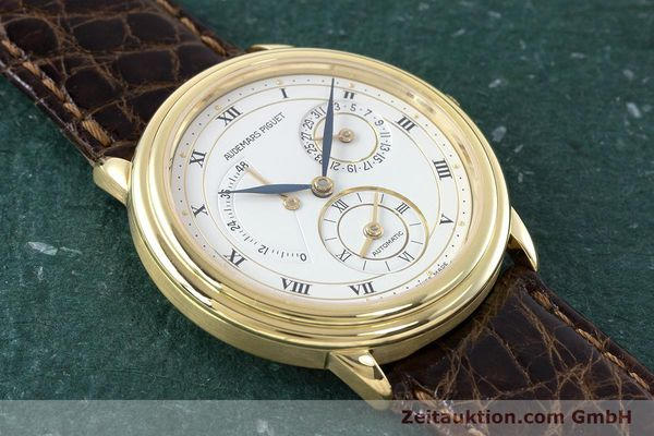 Used luxury watch Audemars Piguet Dual Time 18 ct gold automatic Kal. 2129  | 160972 13