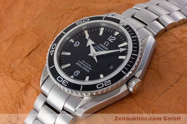 Used luxury watch Omega Seamaster steel automatic Kal. 2500C Ref. 22005000  | 160997 01