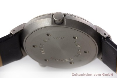 IWC PORSCHE DESIGN TITAN WORLD TIME GMT WELTZEIT ALARM HERRENUHR REF 3821 [161108]