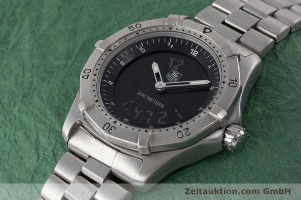 Used luxury watch Tag Heuer Professional chronograph steel quartz Kal. ETA 988432 Ref. WK111A-0  | 161218 01