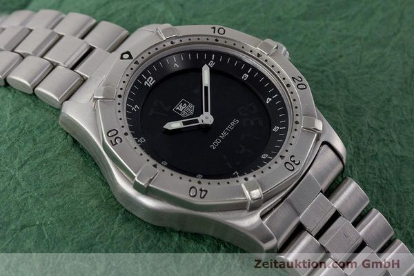 Used luxury watch Tag Heuer Professional chronograph steel quartz Kal. ETA 988432 Ref. WK111A-0  | 161218 15