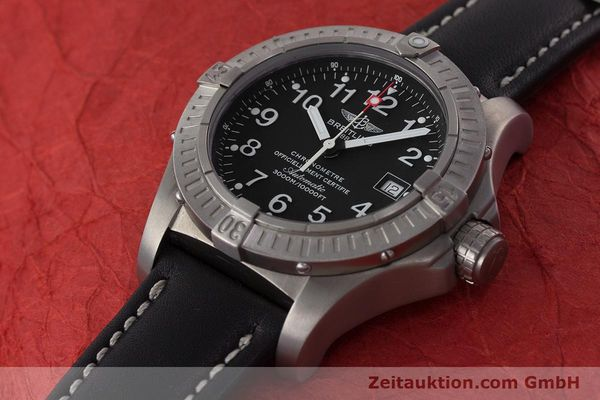 Used luxury watch Breitling Avenger titanium automatic Kal. ETA 2824-2 Ref. E17370  | 161351 01