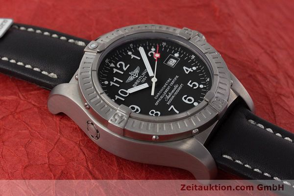 Used luxury watch Breitling Avenger titanium automatic Kal. ETA 2824-2 Ref. E17370  | 161351 15