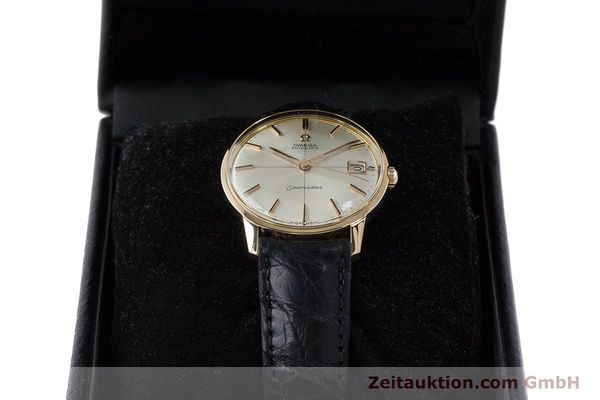 Used luxury watch Omega Seamaster 18 ct gold automatic Kal. 562 Ref. 166001 VINTAGE  | 161373 07
