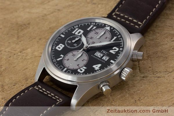 Used luxury watch IWC Fliegeruhr chronograph steel automatic Kal. 79320 Ref. 3717 LIMITED EDITION | 161419 01