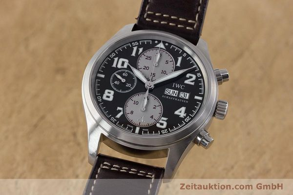 Used luxury watch IWC Fliegeruhr chronograph steel automatic Kal. 79320 Ref. 3717 LIMITED EDITION | 161419 04