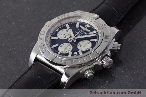 Used luxury watch Breitling Chronomat 44 chronograph steel automatic Kal. B 01 Ref. AB0110  | 161462 01
