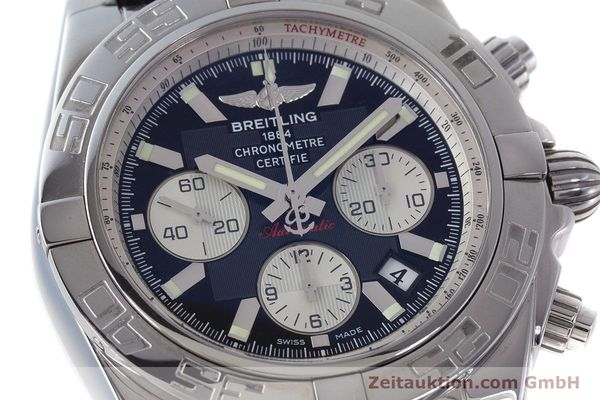 Used luxury watch Breitling Chronomat 44 chronograph steel automatic Kal. B 01 Ref. AB0110  | 161462 02