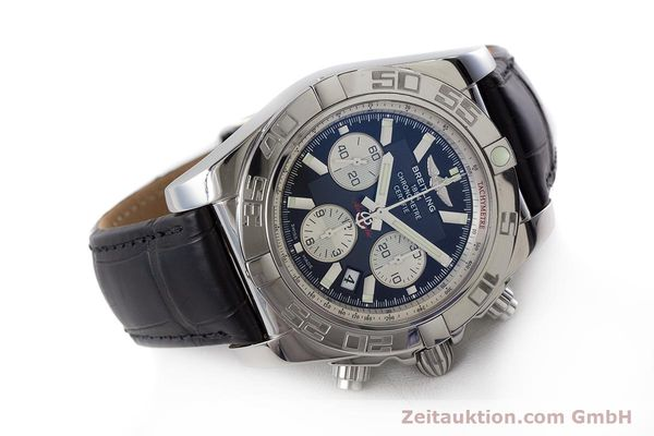 Used luxury watch Breitling Chronomat 44 chronograph steel automatic Kal. B 01 Ref. AB0110  | 161462 03