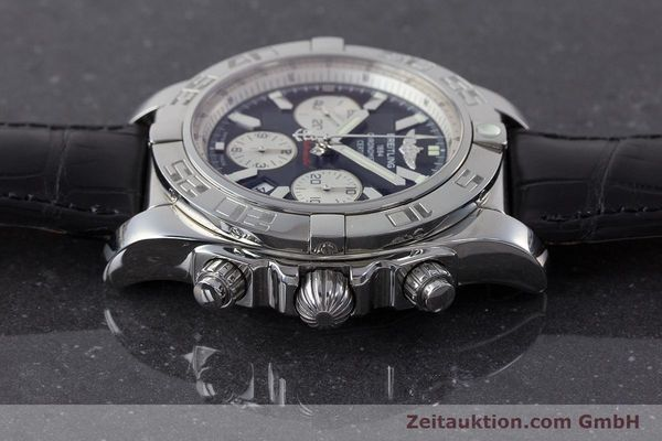 Used luxury watch Breitling Chronomat 44 chronograph steel automatic Kal. B 01 Ref. AB0110  | 161462 05