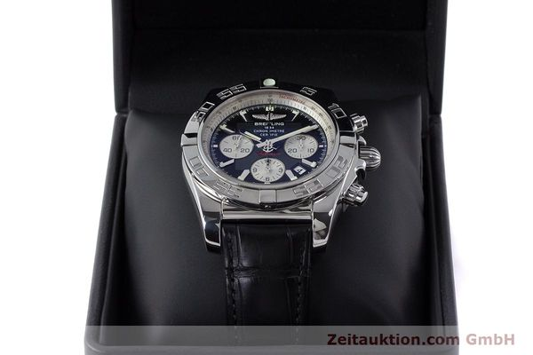 Used luxury watch Breitling Chronomat 44 chronograph steel automatic Kal. B 01 Ref. AB0110  | 161462 07