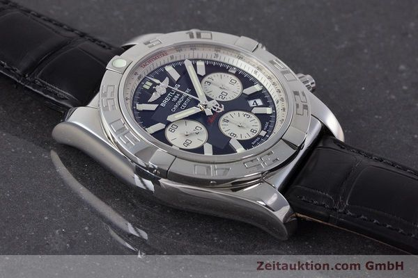 Used luxury watch Breitling Chronomat 44 chronograph steel automatic Kal. B 01 Ref. AB0110  | 161462 14