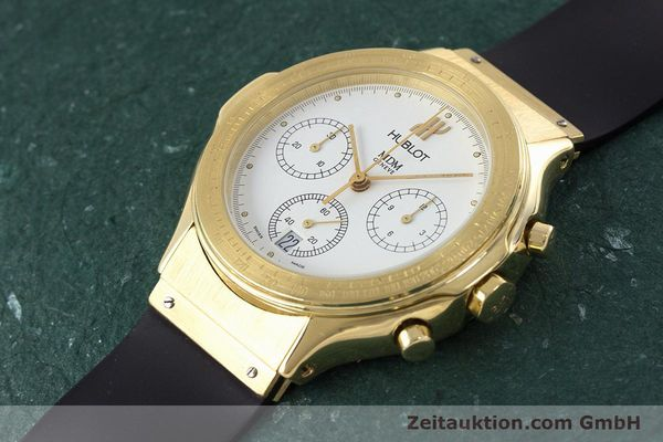 Used luxury watch Hublot MDM chronograph 18 ct gold quartz Kal. 1270  | 161589 01