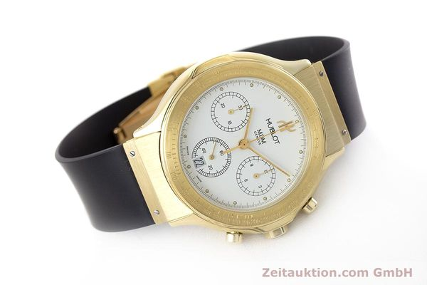Used luxury watch Hublot MDM chronograph 18 ct gold quartz Kal. 1270  | 161589 03