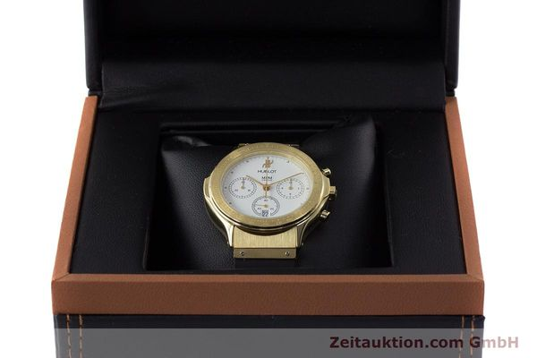 Used luxury watch Hublot MDM chronograph 18 ct gold quartz Kal. 1270  | 161589 07