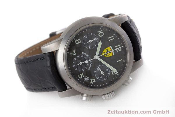 Used luxury watch Girard Perregaux Ferrari chronograph titanium automatic Kal. 2280-781 Ref. 8020 LIMITED EDITION | 161618 03