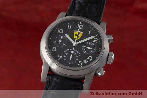 Used luxury watch Girard Perregaux Ferrari chronograph titanium automatic Kal. 2280-781 Ref. 8020 LIMITED EDITION | 161618 04