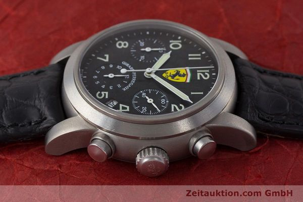 Used luxury watch Girard Perregaux Ferrari chronograph titanium automatic Kal. 2280-781 Ref. 8020 LIMITED EDITION | 161618 05