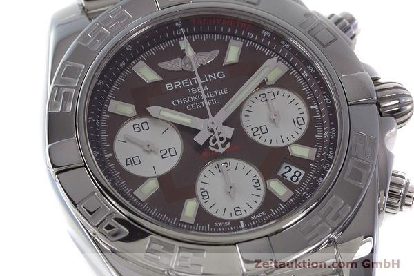 Used luxury watch Breitling Chronomat 41 chronograph steel automatic Kal. B01 Ref. AB0140  | 161705 02