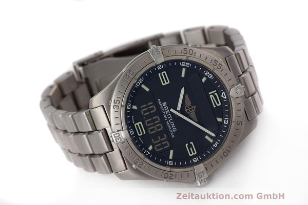 Used luxury watch Breitling Aerospace titanium quartz Kal. B65 ETA E10.391 Ref. E65062  | 161772 03