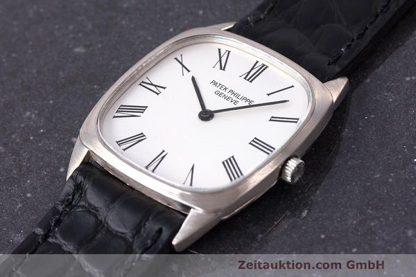 Used luxury watch Patek Philippe * 18 ct gold manual winding Kal. 175 Ref. 3566 VINTAGE  | 161987 01