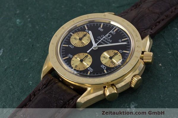 Used luxury watch Omega Speedmaster chronograph 18 ct gold automatic Kal. 1140 Ref. A1750033  | 161989 01