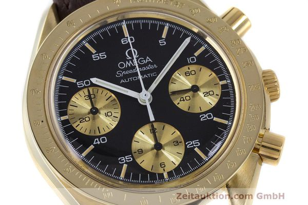 Used luxury watch Omega Speedmaster chronograph 18 ct gold automatic Kal. 1140 Ref. A1750033  | 161989 02