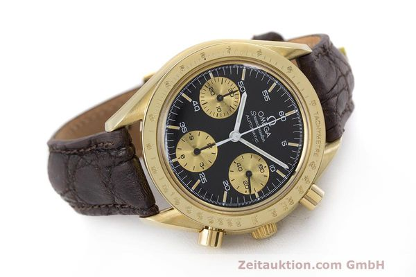 Used luxury watch Omega Speedmaster chronograph 18 ct gold automatic Kal. 1140 Ref. A1750033  | 161989 03