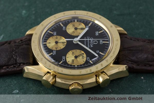 Used luxury watch Omega Speedmaster chronograph 18 ct gold automatic Kal. 1140 Ref. A1750033  | 161989 05