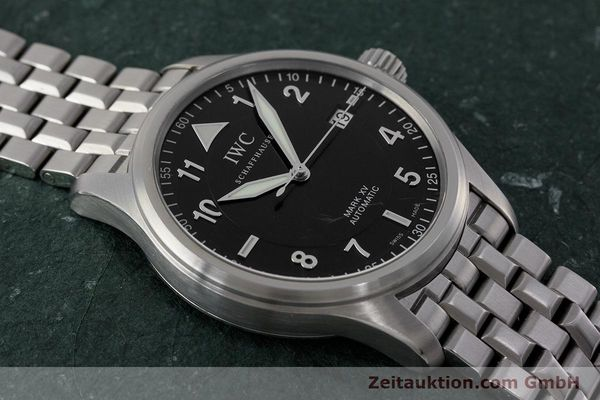 Used luxury watch IWC Mark XV steel automatic Kal. 30110 Ref. 3253  | 161993 15